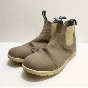 BLUNDSTONE   Active Canvas Boots
